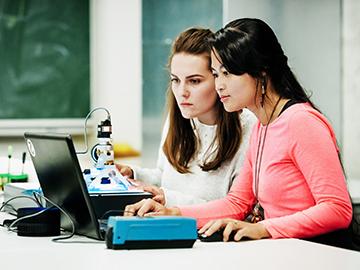"Doubts on ""Belonging"" Affect STEM Student Performance"